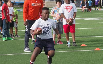 10th Annual Youth Clinic Hits the Field This Weekend